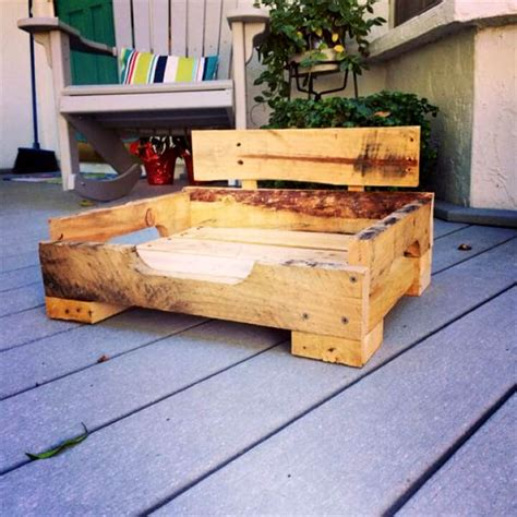 Cedar Dog Bed Diy Pallet